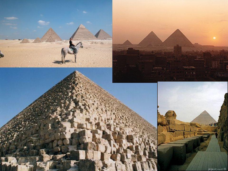Cheopsova pyramida Cheopsova pyramida leží na konci pouště západně od Nilu. Nechal ji postavit faraon Chewuw(2590 až 2568 př. n. l.). Řecká forma jeho