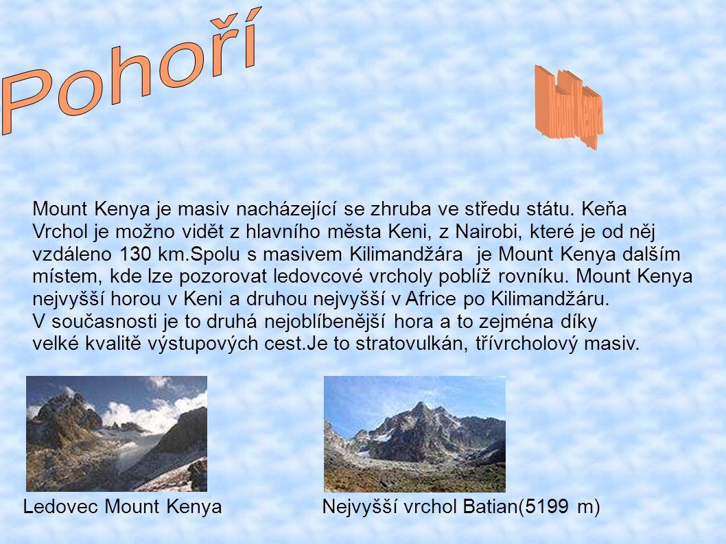 Mount Kenya je masiv nacházející se zhruba ve středu státu.