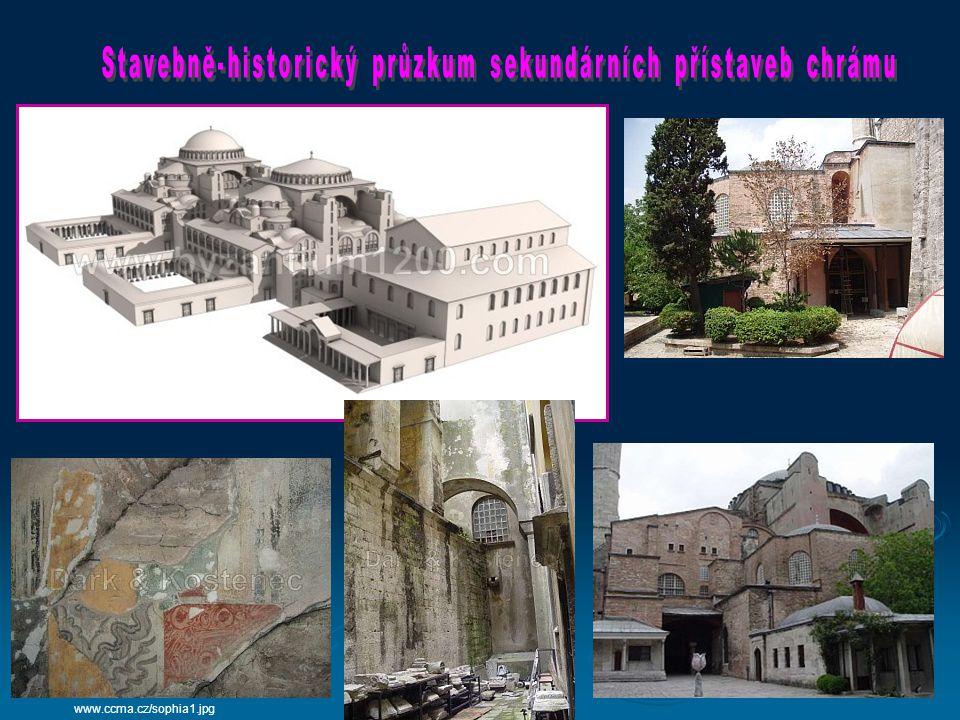 www.ingema.net/foto_na_www/ha_hagia_so2.jpg V 6.století jej nechal postavit císař Justinián.