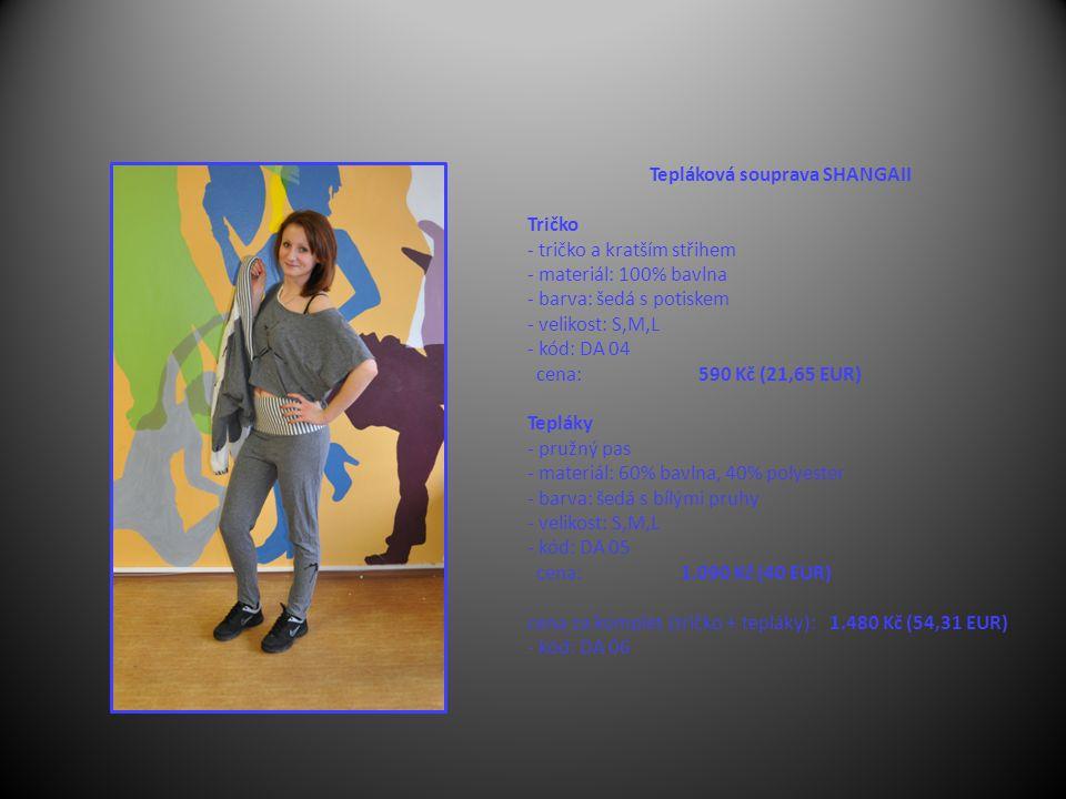 Tepláková souprava SHANGAII Tričko - tričko a kratším střihem - materiál: 100% bavlna - barva: šedá s potiskem - velikost: S,M,L - kód: DA 04 cena: 590 Kč (21,65 EUR) Tepláky - pružný pas - materiál: 60% bavlna, 40% polyester - barva: šedá s bílými pruhy - velikost: S,M,L - kód: DA 05 cena: 1.090 Kč (40 EUR) cena za komplet (tričko + tepláky): 1.480 Kč (54,31 EUR) - kód: DA 06