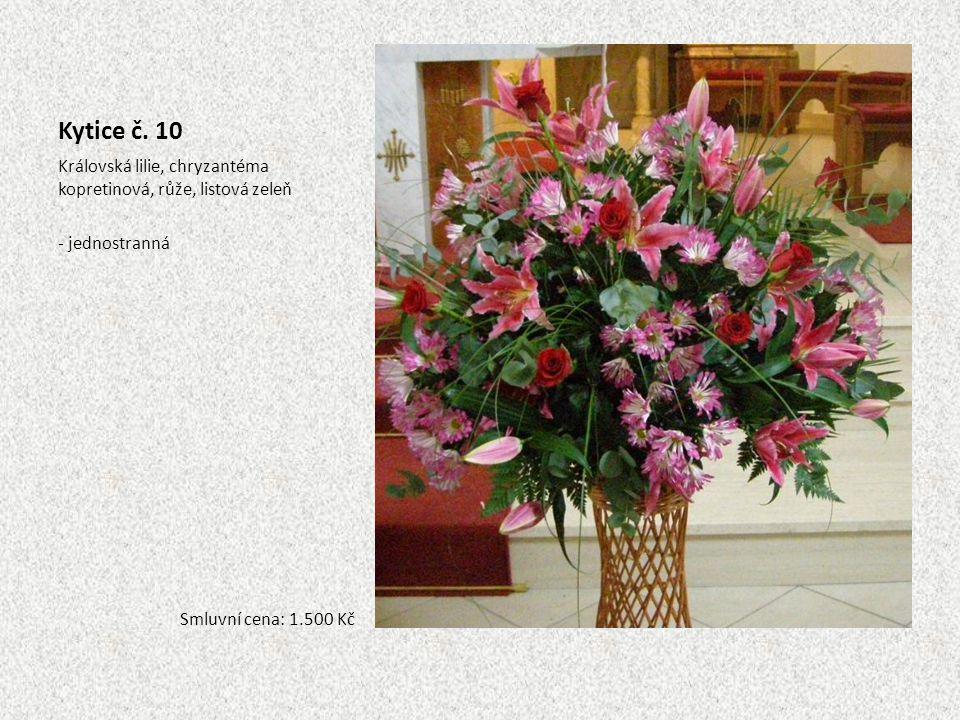 Kytice č. 10 Královská lilie, chryzantéma kopretinová, růže, listová zeleň - jednostranná Smluvní cena: 1.500 Kč