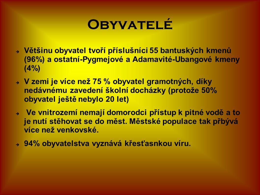 Obyvatelé  Většinu obyvatel tvoří příslušníci 55 bantuských kmenů (96%) a ostatní-Pygmejové a Adamavité-Ubangové kmeny (4%)  V zemi je více než 75 %