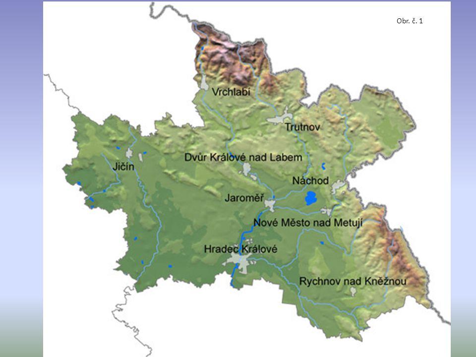 povrch: Polabí (úrodná nížina) řeky: Labe Orlice Jizera průmysl: chemický automobilový strojírenský potravinářský