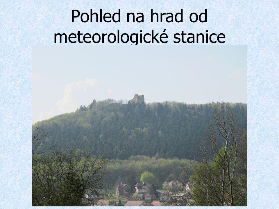 Pohled na hrad od meteorologické stanice