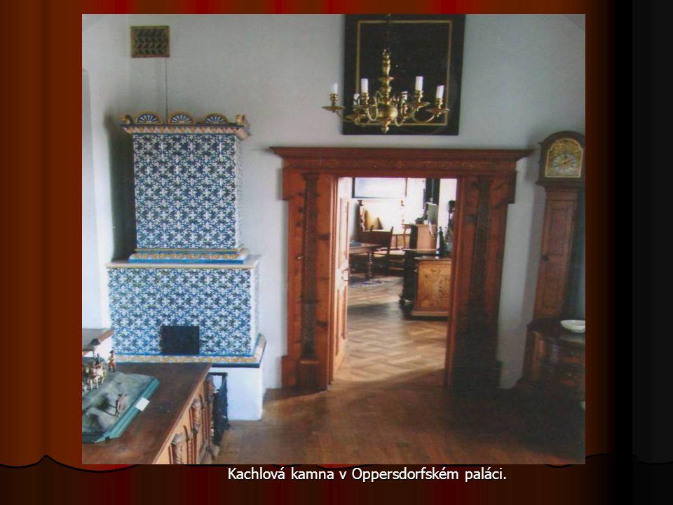 Kachlová kamna v Oppersdorfském paláci. Kachlová kamna v Oppersdorfském paláci.