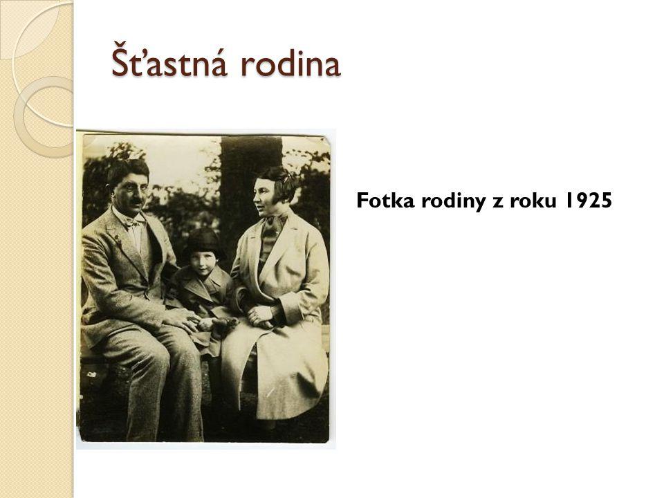 Šťastná rodina Fotka rodiny z roku 1925