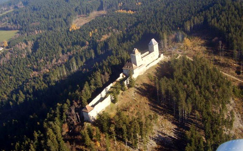 Kašperg(Karlsberg), založen r. 1356 Karlem IV.