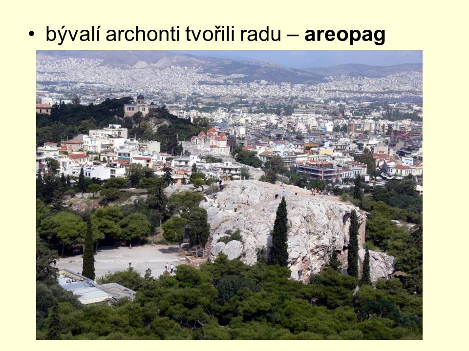 bývalí archonti tvořili radu – areopag