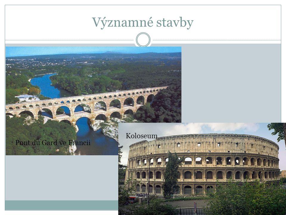 Významné stavby Pont du Gard ve Francii Koloseum