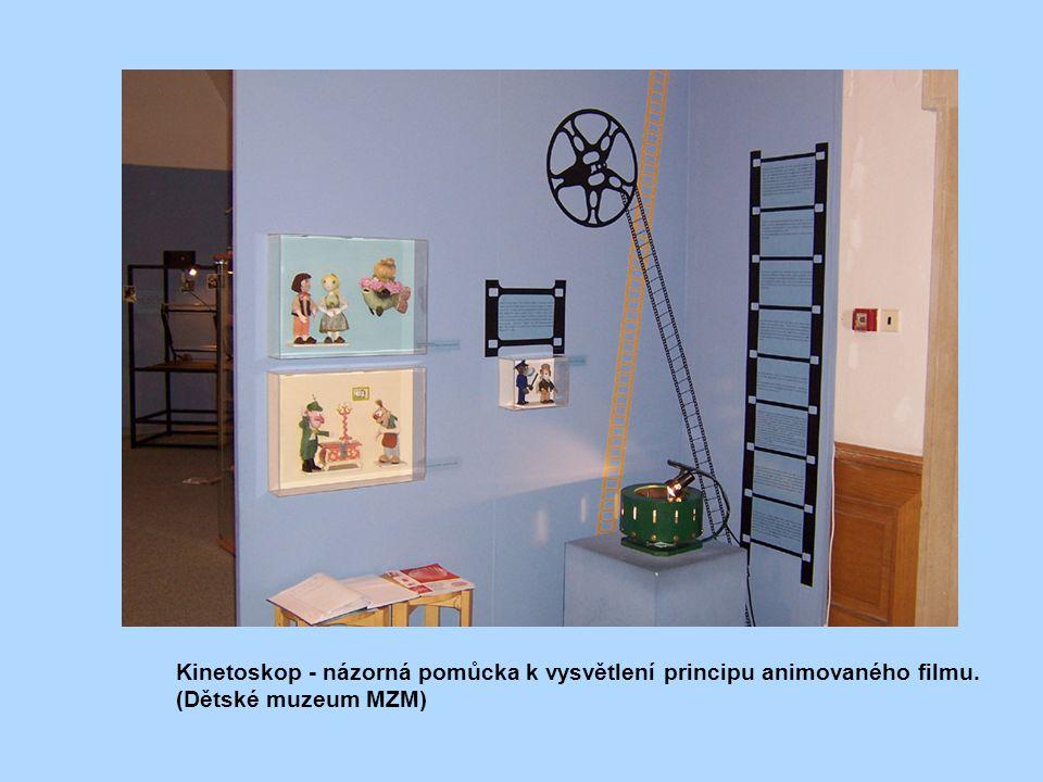 Kinetoskop - názorná pomůcka k vysvětlení principu animovaného filmu. (Dětské muzeum MZM)