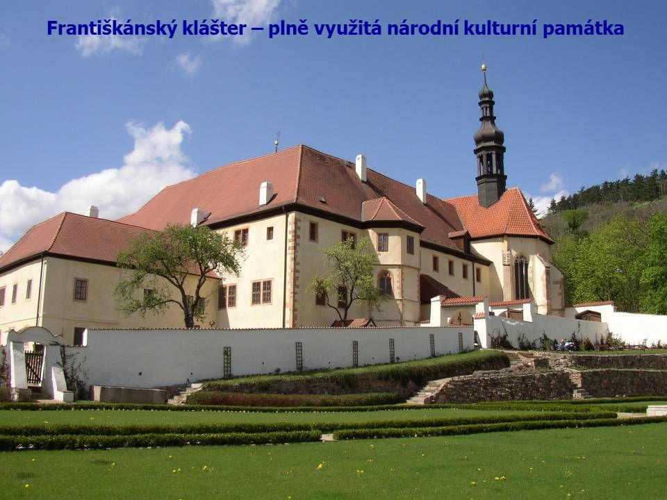 Františkánský klášter – plně využitá národní kulturní památka