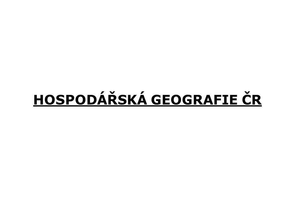 GEOGRAFICKÁ POLOHA ČR Česká republika zaujímá výrazně středoevropskou polohu, přičemž soubor různě určených geometrických středů Evropy republiku obklopuje od západu k severovýchodu až východu Středem státního území prochází poledník 15° v.