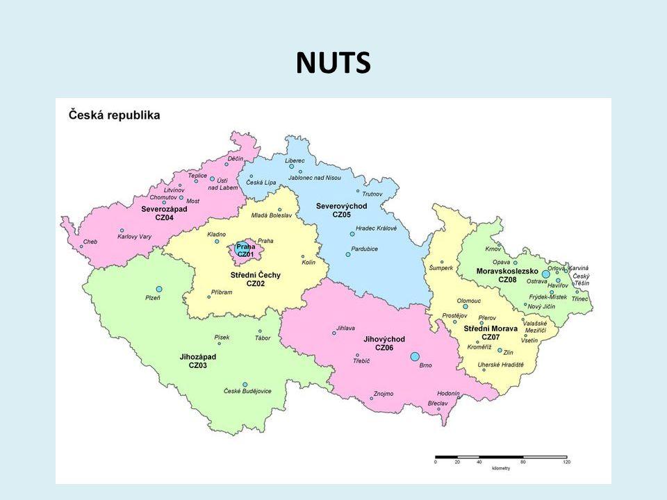 Kraje V roce 2000 bylo na ústavním zákonem zřízeno 14 krajů.