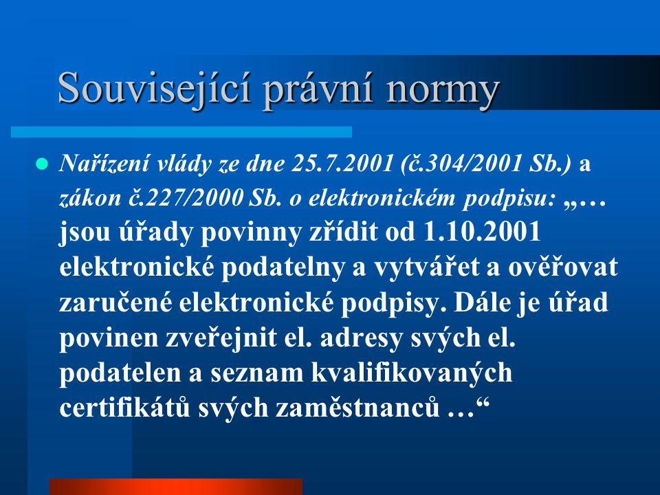 E-Podatelna v praxi Vysočina, krajský úřad Odbor informatiky Petr Pavlinec pavlinec.p@kr-vysocina.cz