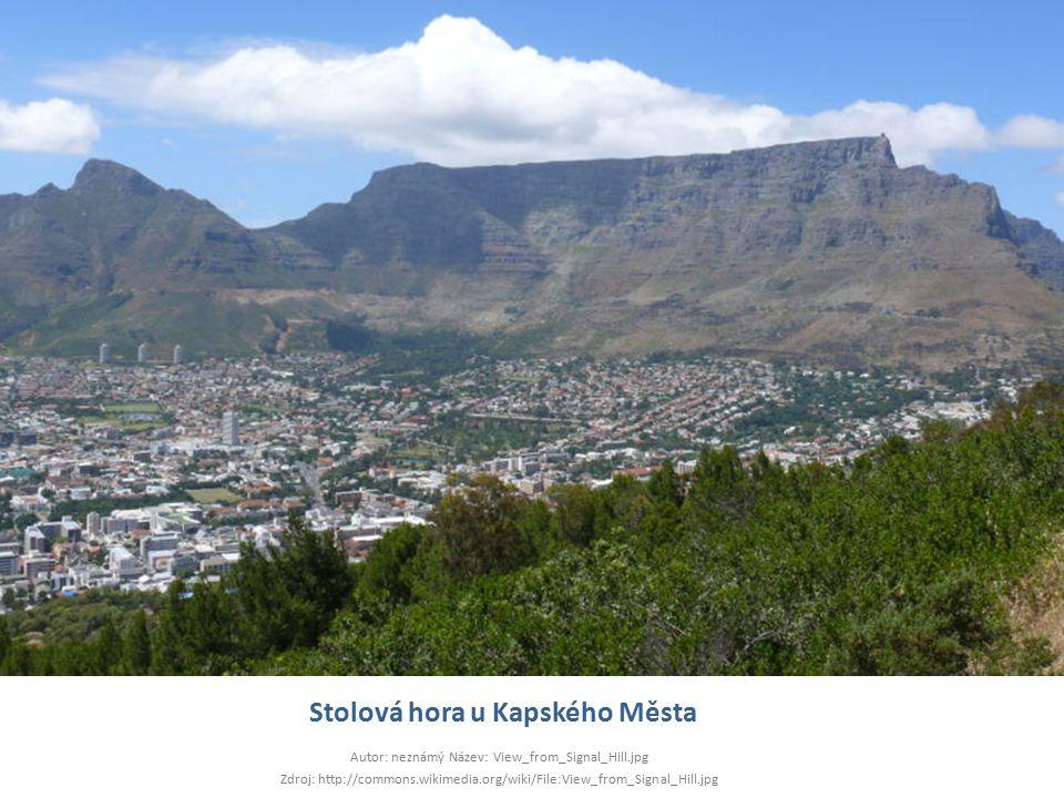 Stolová hora u Kapského Města Autor: neznámý Název: View_from_Signal_Hill.jpg Zdroj: http://commons.wikimedia.org/wiki/File:View_from_Signal_Hill.jpg