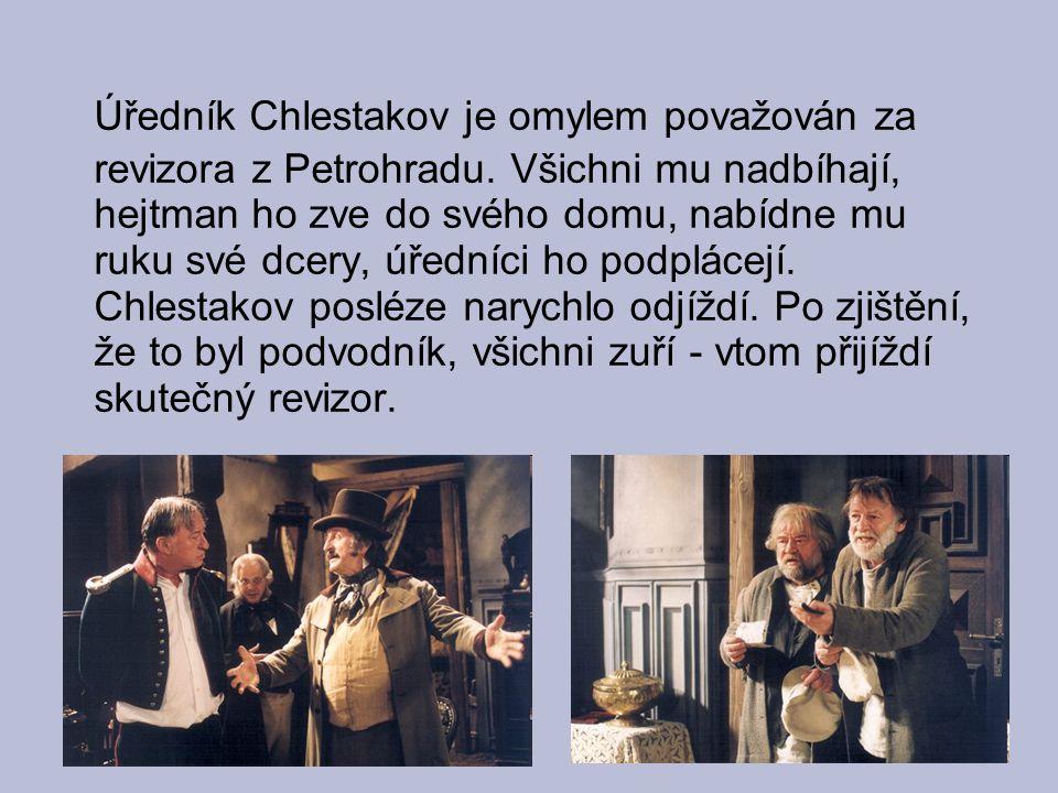 Úředník Chlestakov je omylem považován za revizora z Petrohradu. Všichni mu nadbíhají, hejtman ho zve do svého domu, nabídne mu ruku své dcery, úřední