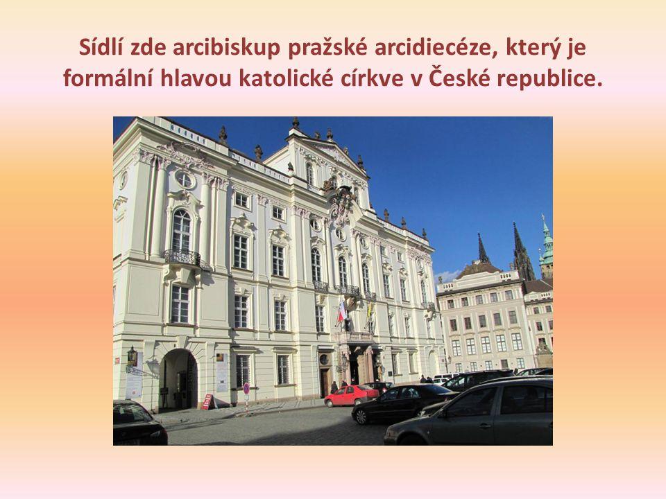 Sídlí zde arcibiskup pražské arcidiecéze, který je formální hlavou katolické církve v České republice.