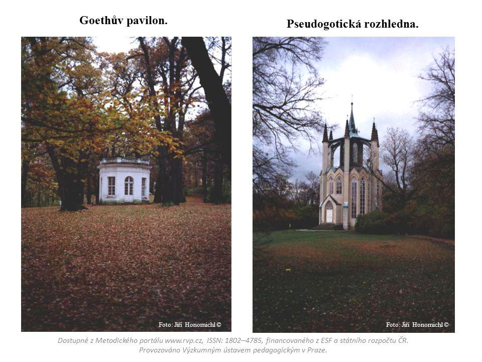Goethův pavilon.Pseudogotická rozhledna.