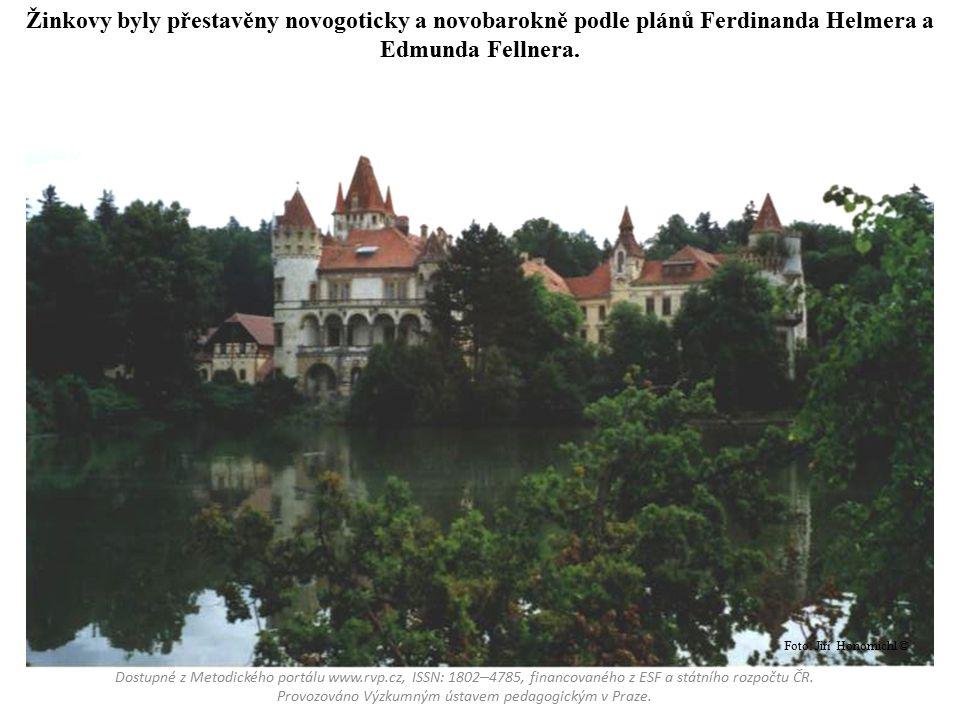 Žleby jsou postaveny v pseudogotickém slohu podle plánů Františka Schmoranze a Benedikta Škvora.