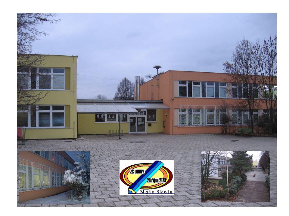 Škola byla slavnostně otevřena v roce 1972.