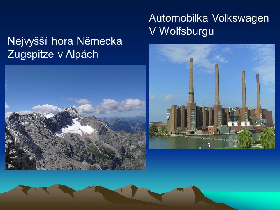 Nejvyšší hora Německa Zugspitze v Alpách Automobilka Volkswagen V Wolfsburgu