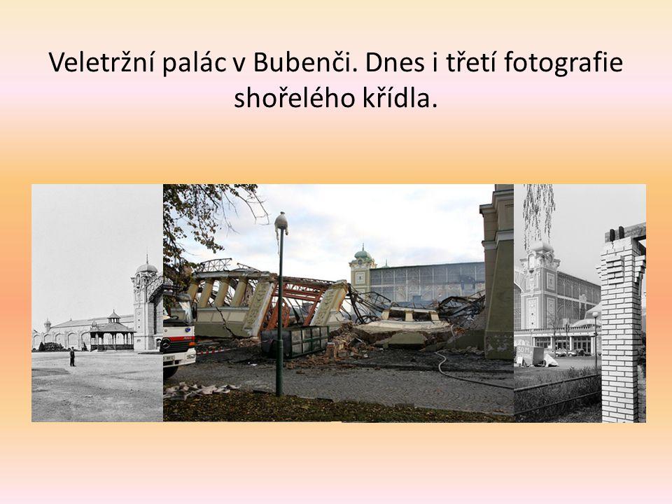 Vladislavský sál na Pražském hradě. Dnes v původnější podobě než před sto lety. Výzdoba od Josefa Navrátila byla odstraněna v roce 1928