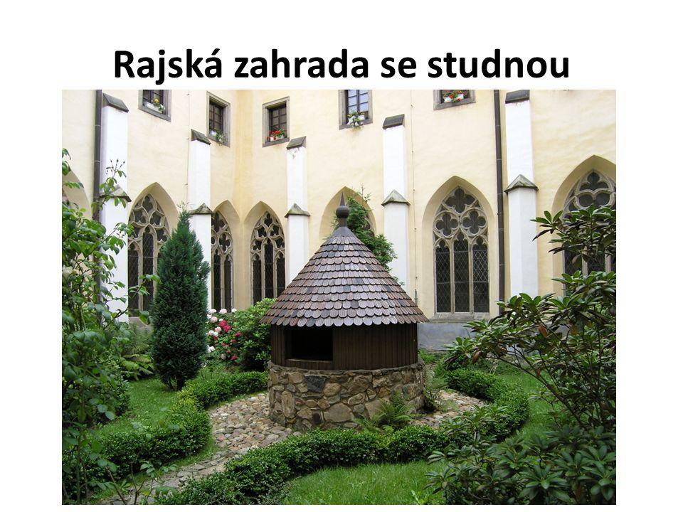OLTÁŘ, KŘTITELNICE