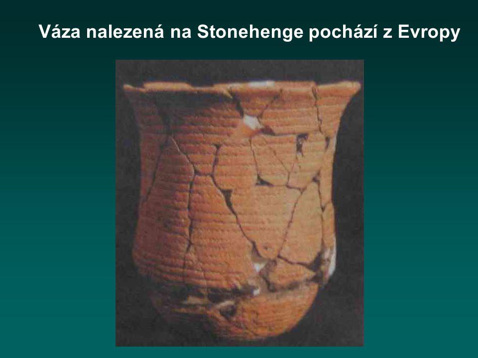 Váza nalezená na Stonehenge pochází z Evropy