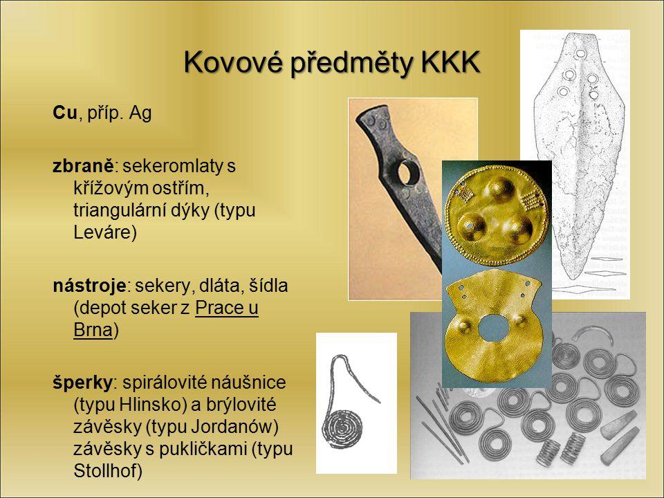 Kovové předměty KKK Cu, příp. Ag zbraně: sekeromlaty s křížovým ostřím, triangulární dýky (typu Leváre) nástroje: sekery, dláta, šídla (depot seker z