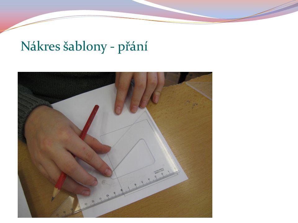 Na tvrdý papír nakresli obdélník, špendlíkem vyznač po obvodu obrazce otvory (vpichy).