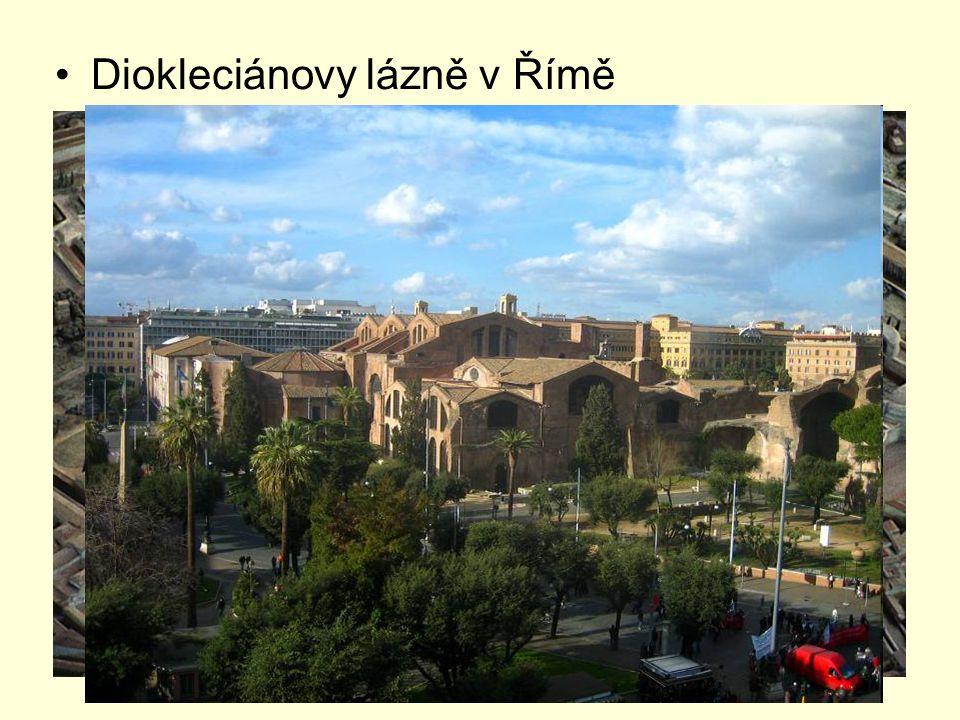 po Diokleciánově smrti boje o moc Constantinus I.Veliký (306 - 337) poráží u Mulvijského mostu r.