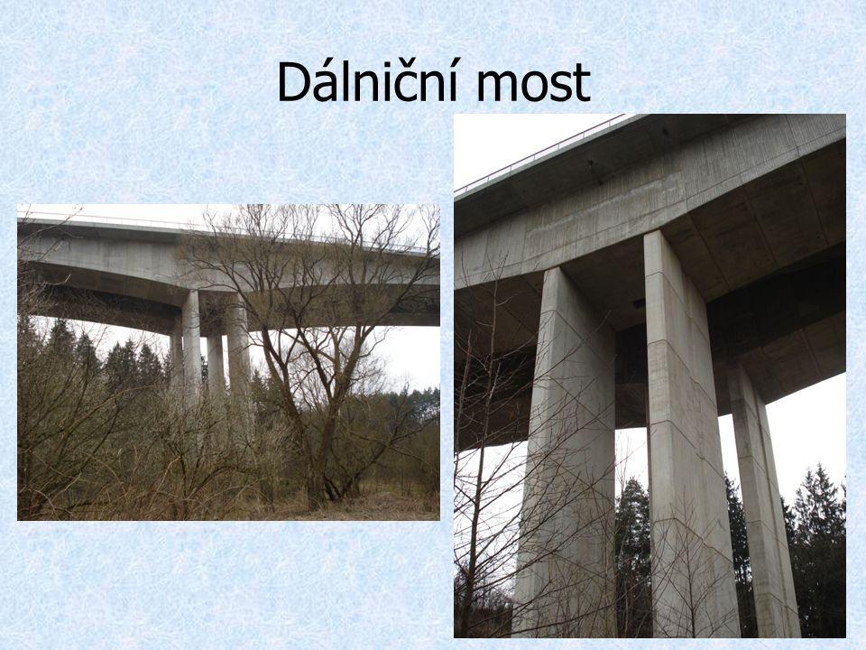 Dálniční most