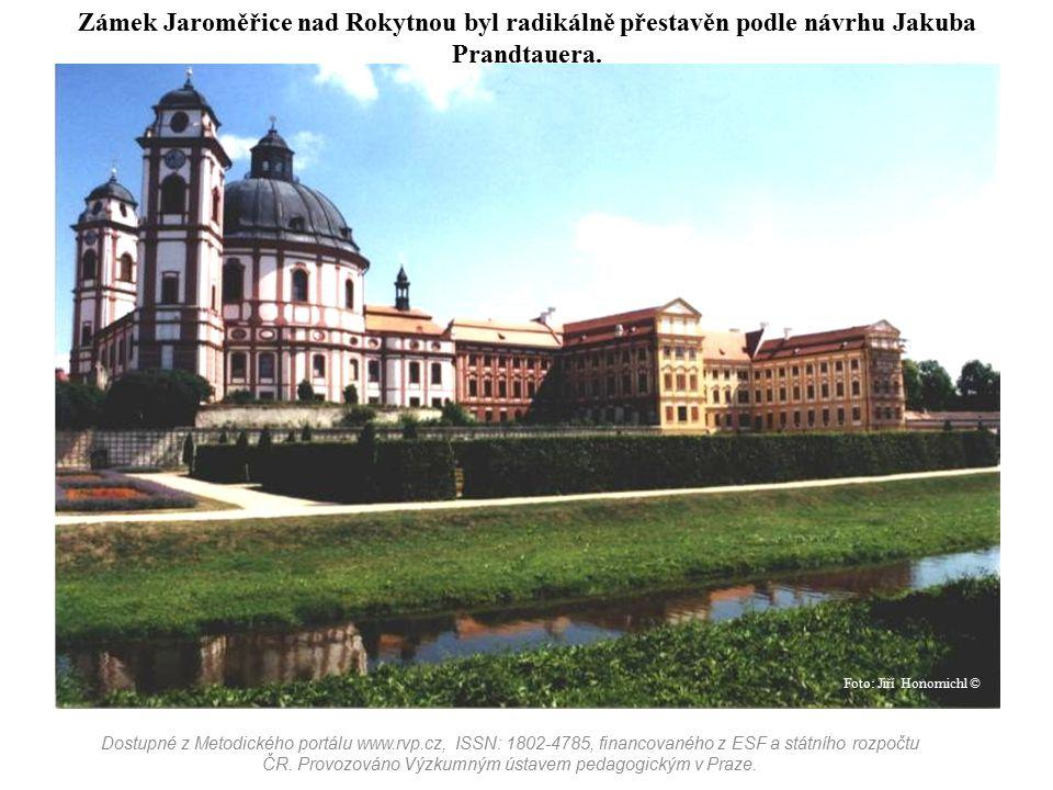 Zámek Jaroměřice nad Rokytnou byl radikálně přestavěn podle návrhu Jakuba Prandtauera. Dostupné z Metodického portálu www.rvp.cz, ISSN: 1802-4785, fin