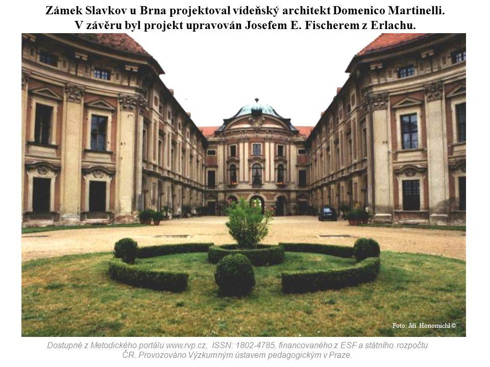 Zámek Slavkov u Brna projektoval vídeňský architekt Domenico Martinelli. V závěru byl projekt upravován Josefem E. Fischerem z Erlachu. Dostupné z Met