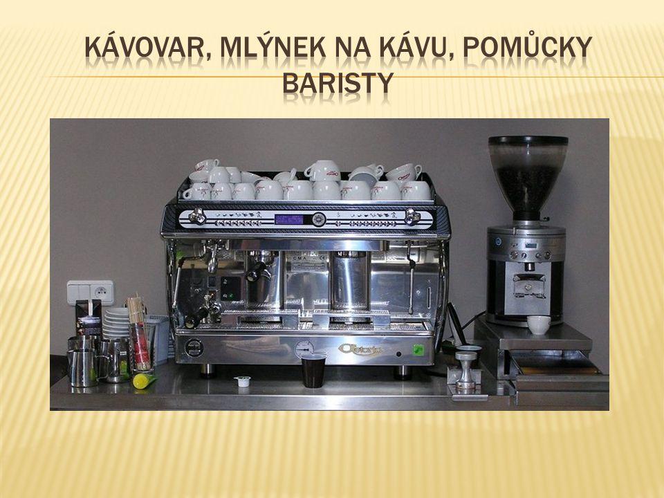  nápoj o objemu 1-2 dl, přičemž veškerý objem vody natéká do šálku přes mletou kávu v páce kávovaru.