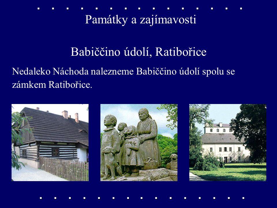 Památky a zajímavosti Český ráj, Trosky Český ráj je krajina s pískovcovými skalami jižně od Krkonoš. Na dvou skalních vrcholech se tyčí zříceniny hra