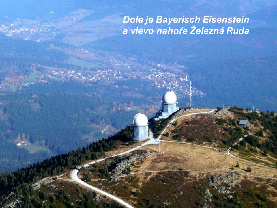 Mají tady dvě věže, je to radar a meterologická stanice