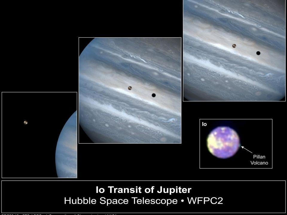 Experimenty pokračují… 1728 James Bradley stanovuje rychlost šíření světla na 301 000 km/s a definitivně tak ukončuje diskuze o konečnosti či nekonečnosti rychlosti šíření světla (k důkazu využil jevu zvaného hvězdná aberace) 1849 Francouzsky vědec Hippolyte Fizeau stanovuje c = 313 000 km/s 1850 Jean Foucault využívá své aparatury s rotujícím zrcadlem a stanovuje c = 299 792 458 m/s
