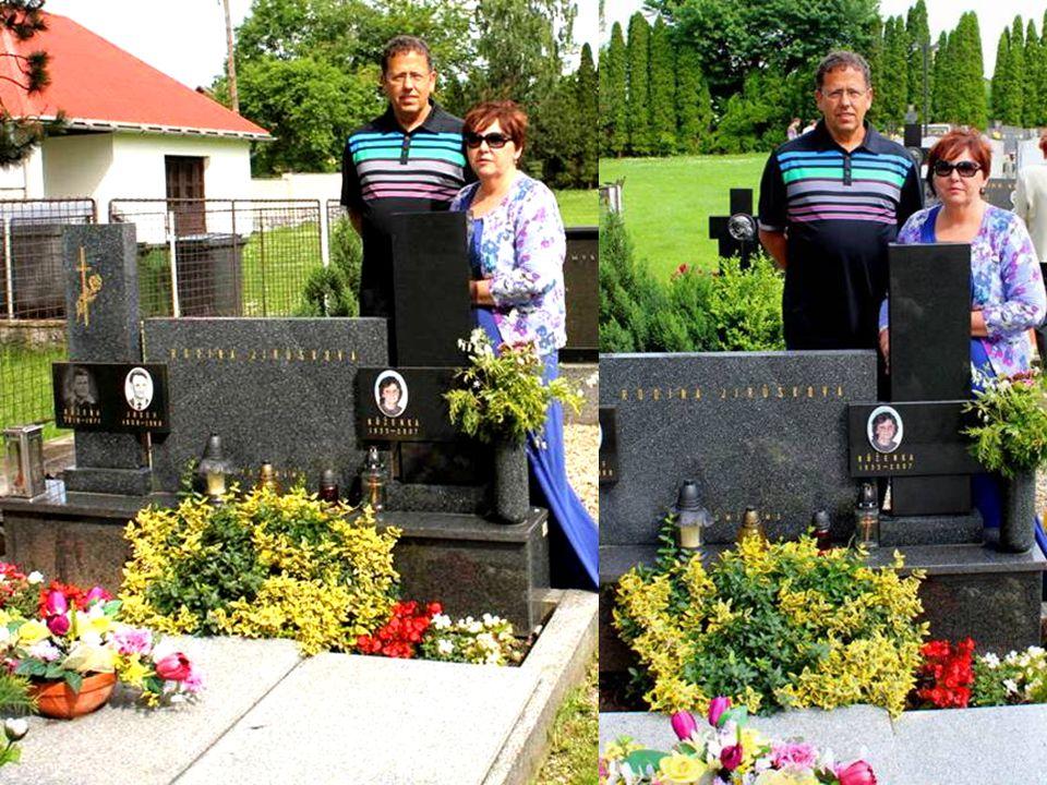 V neděli jsme byli na mši svaté a na hřbitově u hrobu Jirušků