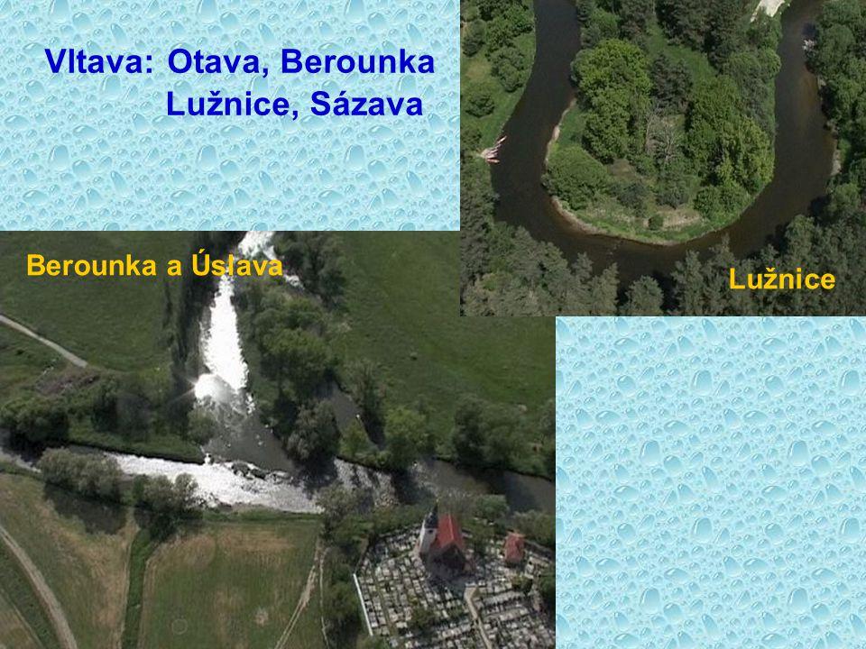 Pramen Vltavy Vltava 2 km od pramene Letecký snímek Vltavy Vltava u Českého Krumlova