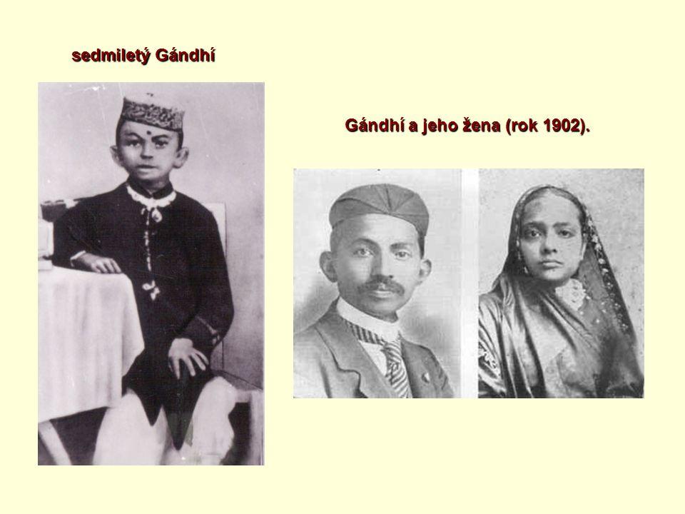 sedmiletý Gándhí Gándhí a jeho žena (rok 1902).
