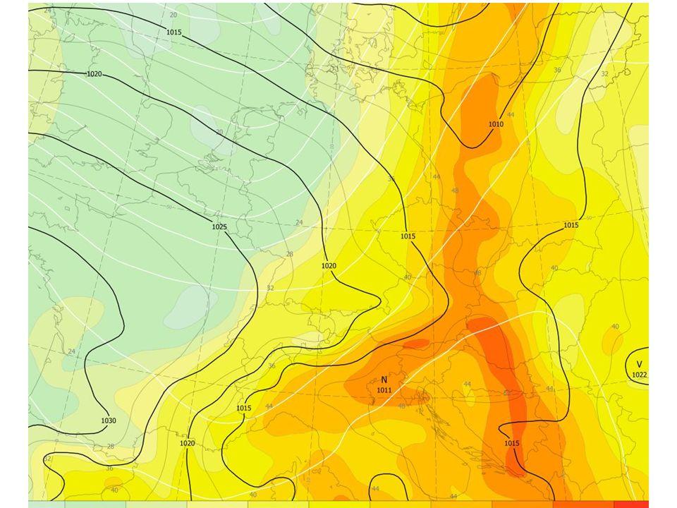 BOUŘKY - lokální modely barevné pole - CAPE Aladin fialové šrafování - KO index LMEB šedé tenké čáry - izohypsy AT700 LMEB praporky - střih větru 850/500 LMEB Modely Aladin a LMEB, kombinace, +54h