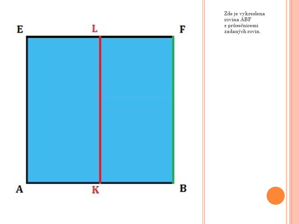 Můžeme zvolit libovolnou kolmici k průsečnicím.Průsečíky kolmice s průsečnicemi vymezí vzdálenost.