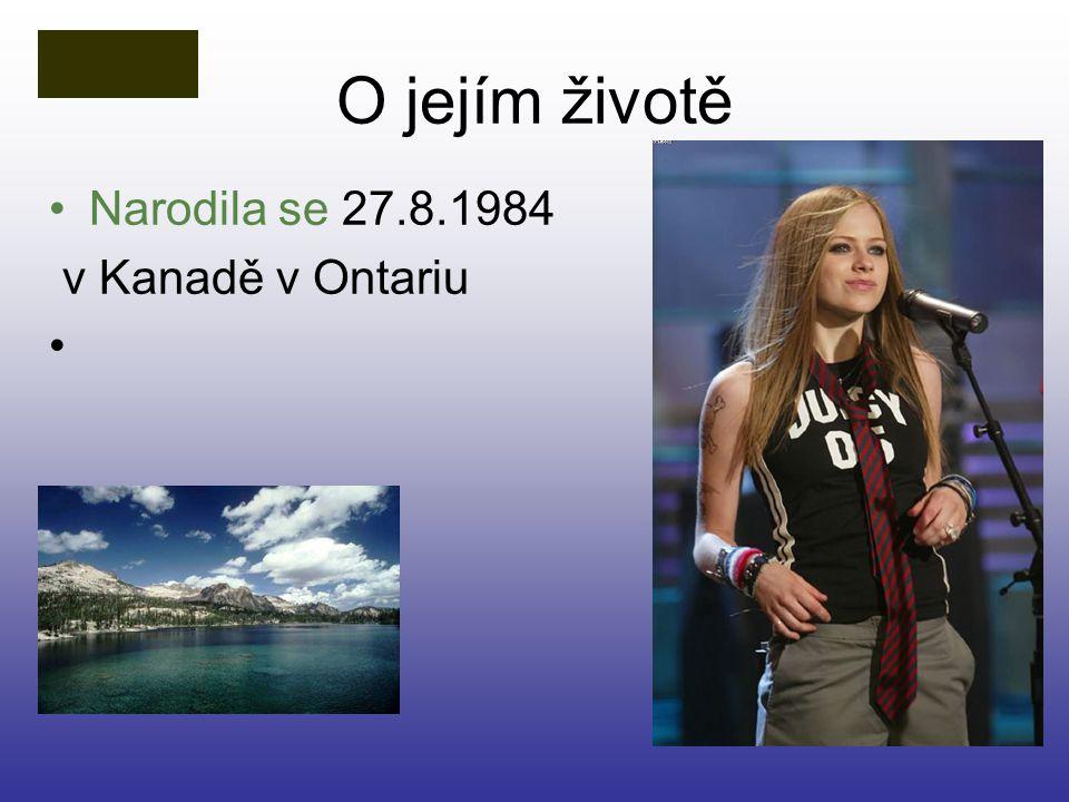 O jejím životě Narodila se 27.8.1984 v Kanadě v Ontariu