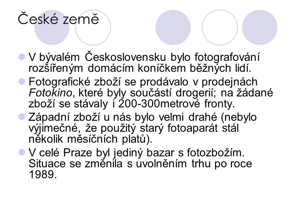 České země V bývalém Československu bylo fotografování rozšířeným domácím koníčkem běžných lidí.