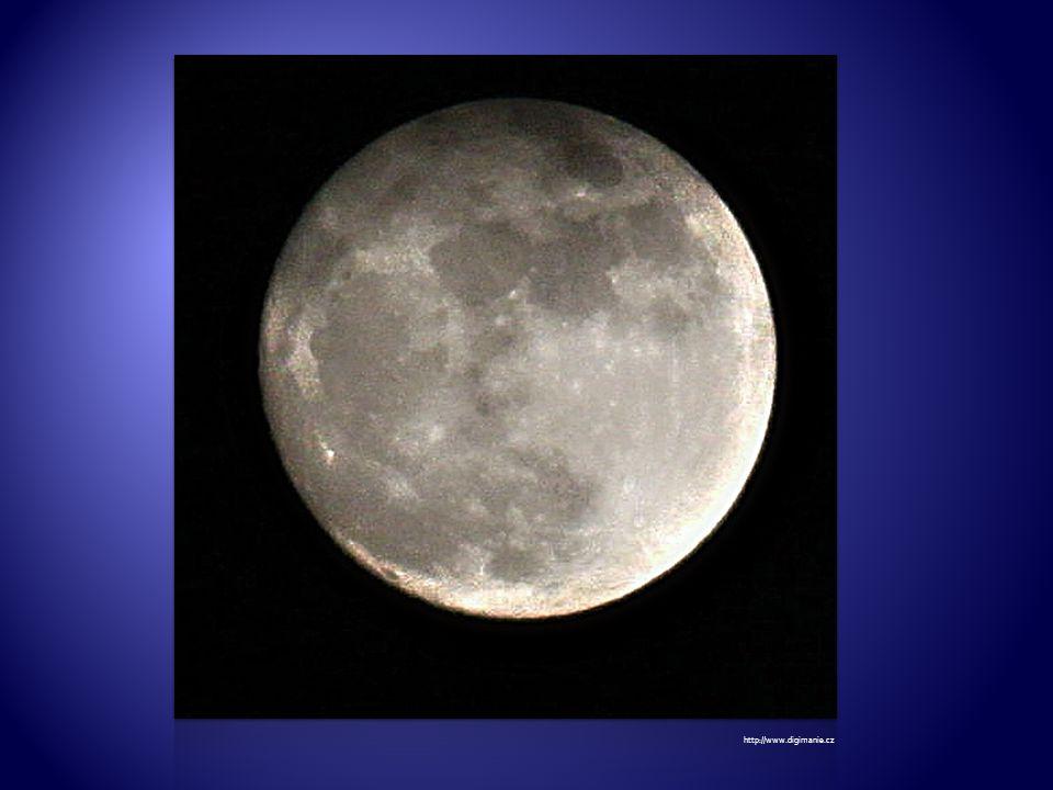 Měsíc při částečném zatmění. http://astronomia.zcu.cz/obr/planety/zeme/mesic/zatmeni04.jpg