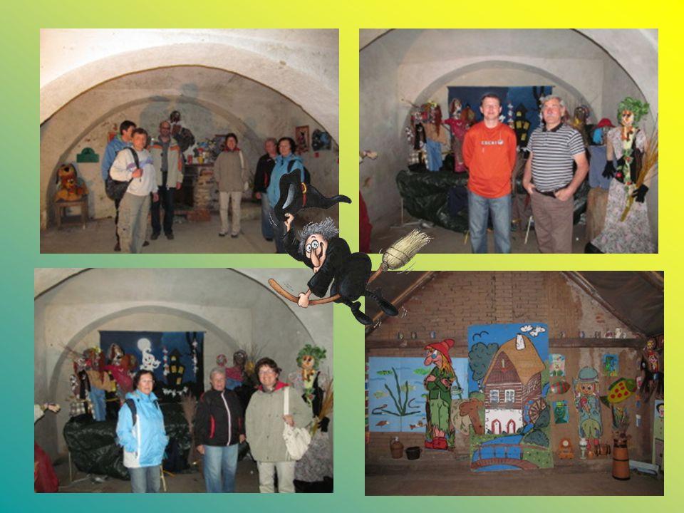 29.4. – zašli jsme také na výstavku pionýrů Čarodějnická obrazárna