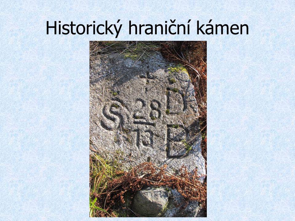 Historický hraniční kámen
