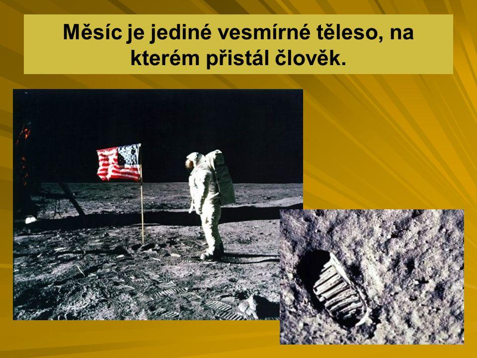 První na Měsíci přistáli američtí astronauti Neil Armstrong a Edwin Aldrin 20.