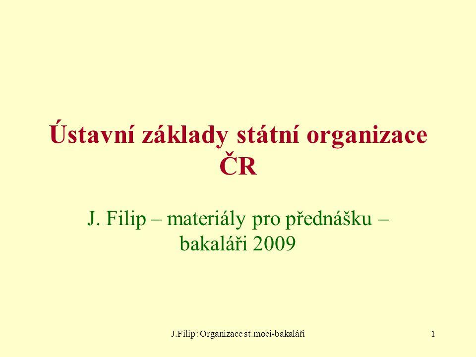 J.Filip: Organizace st.moci-bakaláři22 Zákon jako zvláštní forma právního předpisu v právním státě a) zákon je podkladem pro uplatňování státní moci a současně s tím i její mezí ve vztahu k jednotlivci (čl.